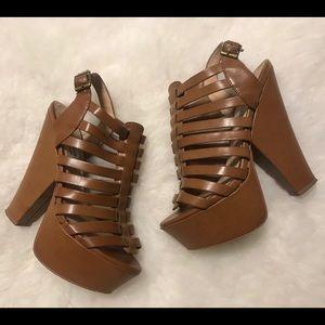 Steve madden Cognac Glendael platform heels 7.5